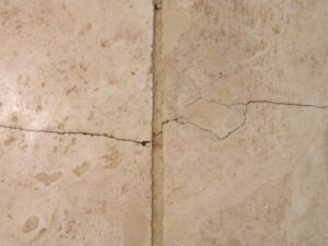tile cracks 2143 Flooring Inspections of Arizona
